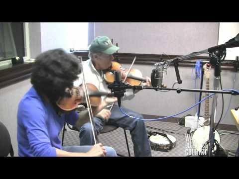 Walt Koken & Clare Milliner - Rocky Mountain [Live At WAMU's Bluegrass Country]