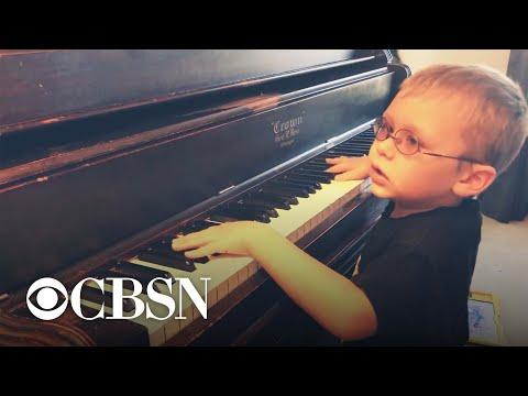 Blind 6-year-old piano prodigy goes viral for Bohemian Rhapsody cover