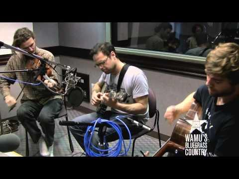 The Duhks - 95 South [Live At WAMU's Bluegrass Country]