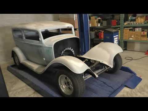 1932 Ford Tudor Steel Rolling Project Video (Spuds Garage)