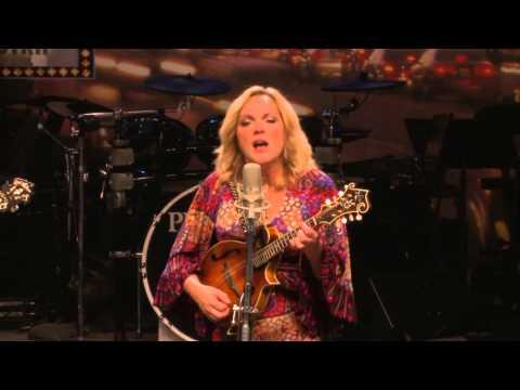 Rhonda Vincent & The Rage - Till They Came Home