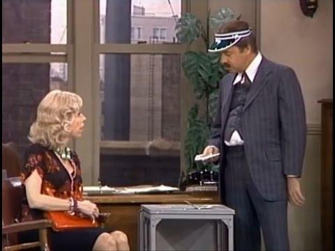 Mrs. Wiggins: The Vacation From The Carol Burnett Show (full Sketch)