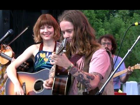 Molly Tuttle and Billy Strings, Billy in the Lowground, Grey Fox 2019