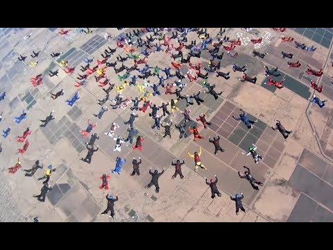 217 People Skydiving At Once - YOUR Daily Dose Of Internet