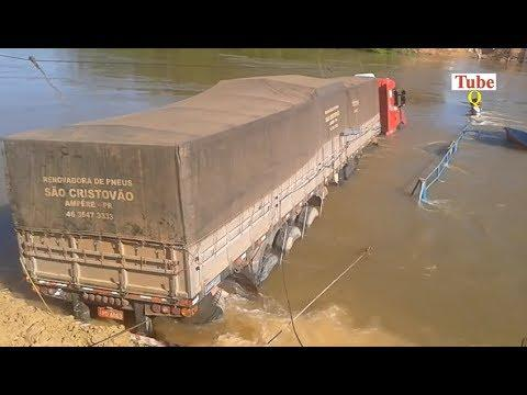 Extreme Truck Recovery Gone Wrong & Truck Fails