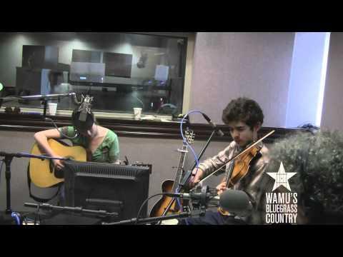 Sarah Jarosz - Run Away [Live At WAMU's Bluegrass Country]
