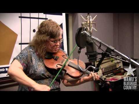 Betse Ellis - Stamper [Live At WAMU's Bluegrass Country]