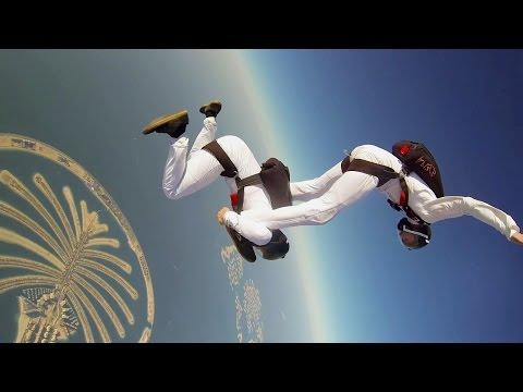 Awesome Synchronized Skydive In Dubai