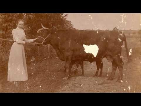 37 Wonderful Photos Showing Farm Ladies Over 100 Years Ago