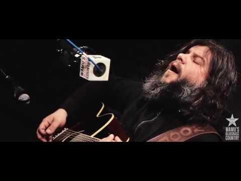 Matt Woods - Deadman's Blues [Live At WAMU's Bluegrass Country]