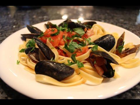Fettuccine With Mussels Recipe - OrsaraRecipes