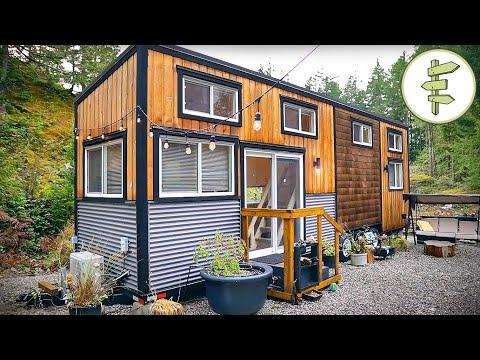 Spacious & Modern Tiny House with Clever Walk-Through Bathroom - Full Tour Video