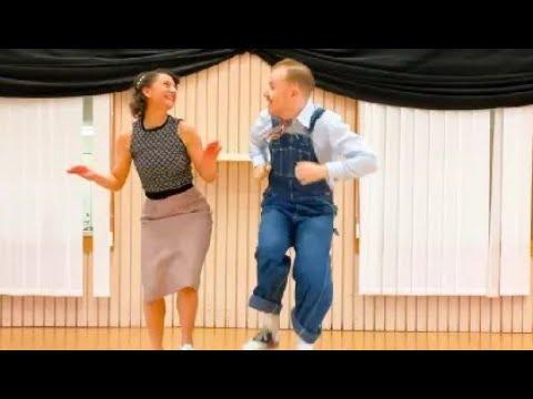 ONLINE BOOGIE WOOGIE - Nils and Bianca #Video