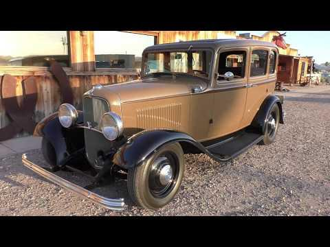 1932 Ford Deluxe 4dr Sedan Video - Retro Rod - Flathead V8 Automatic