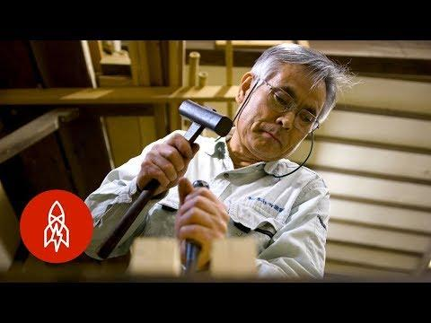 In Japan, Repairing Buildings Without a Single Nail