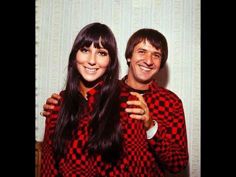 30 Vintage Photos of Sonny & Cher During The 1960's