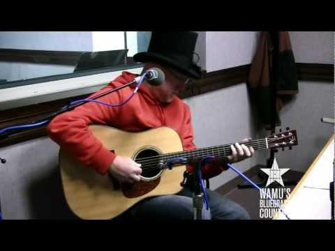 David Grier - Two Turns Home [Live At WAMU's Bluegrass Country]